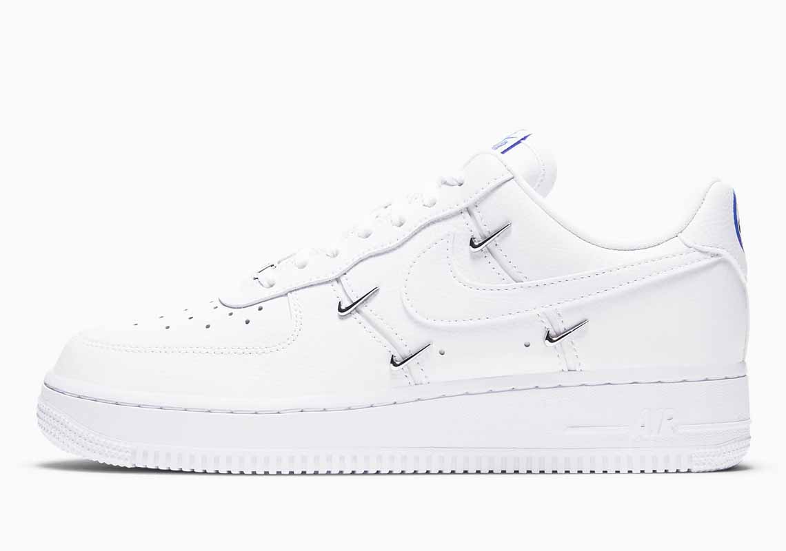 Nike Air Force 1 07 LX Men's and Women's Shoes